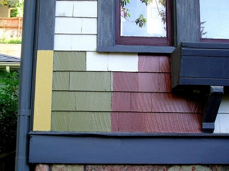 How to paint the exterior of a house using earth colors