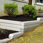 How to build a retaining wall with a flower bed